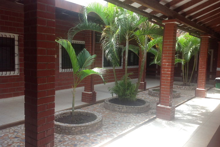 Bolivia: Centro de Salud Nuestra Señora de Pompeya